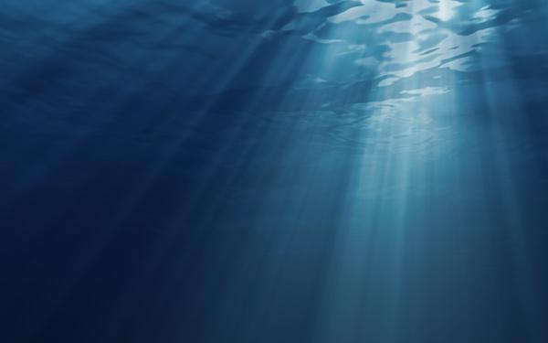 Sunbeam-on-Deep-Water-HD